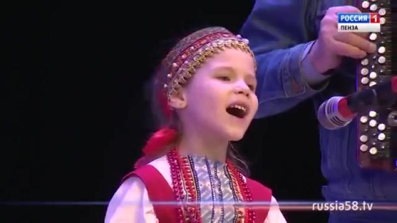 Участница кастинга шоу «Край талантов» София Борзова Вот вам и Зыкина 21века! Мо