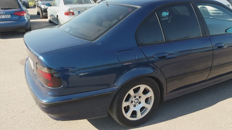 BMW e39 523i avtomat