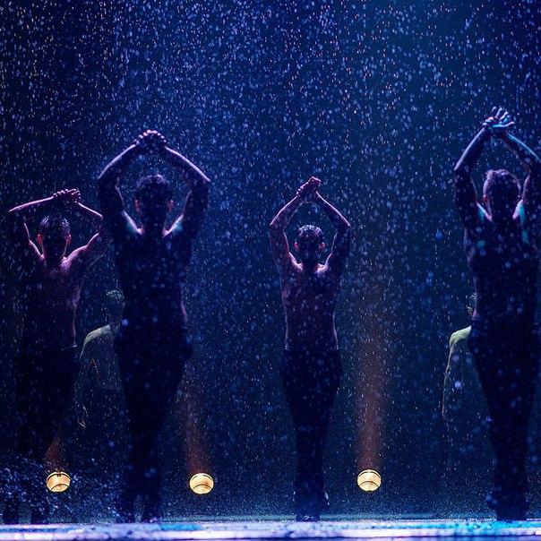Санкт-Петербург❗29 МАРТА в 20:00 на сцене Мюзик-Холла театр танца ИСКУШЕНИЕ покажет  под дождём только для женщин! Мужчинам вход запрещен. 16+