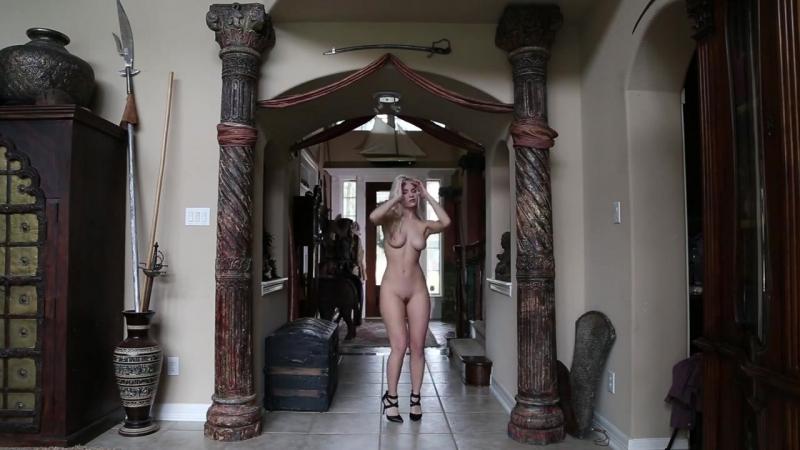 Striptease Striptease .mp4