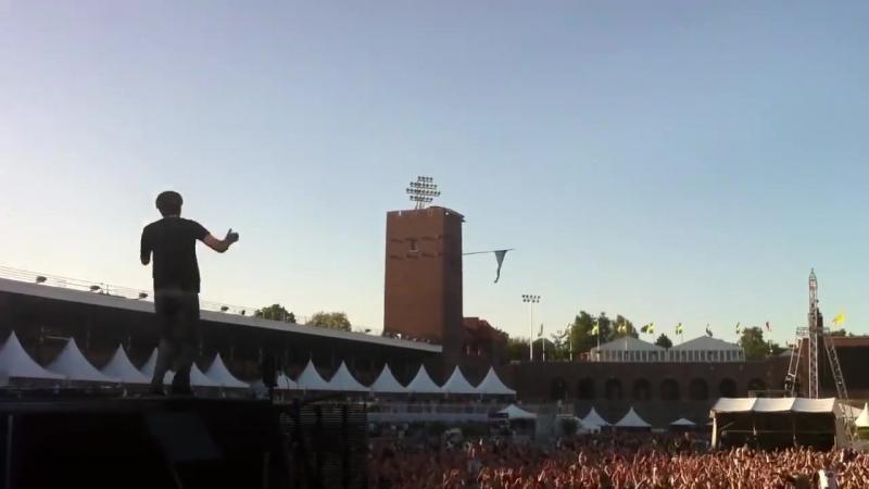Sebastian Ingrosso, Alesso – Calling [Summerburst 2012]