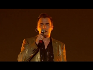 Westlife - Colour My World (Live)