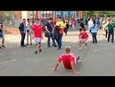Перед матчем Германия-Мексика. Демонстрация техники владения мячом.1V80617 1710591