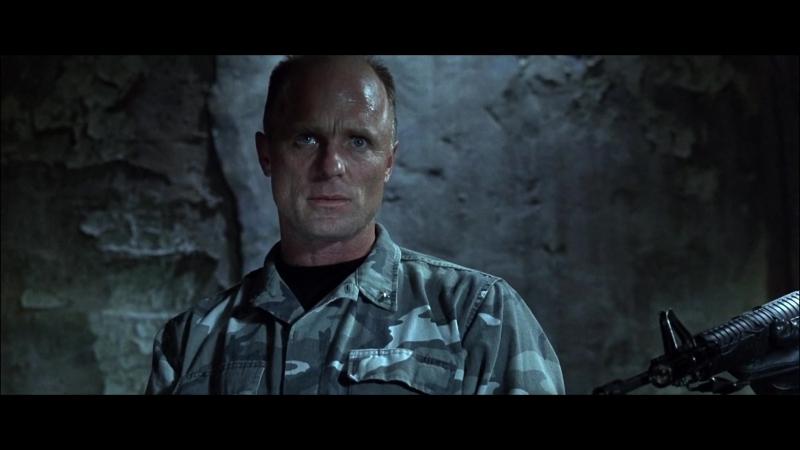 СКАЛА Лучший момент Перестрелка в душевой Генерал Хаммел в тюрьме АЛЬКАТРАС против Кейджа