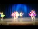 Концерт в доме творчества и детского развития Радужное. Алиса выходит во второй пятёрке, в сиреневом платьице,
