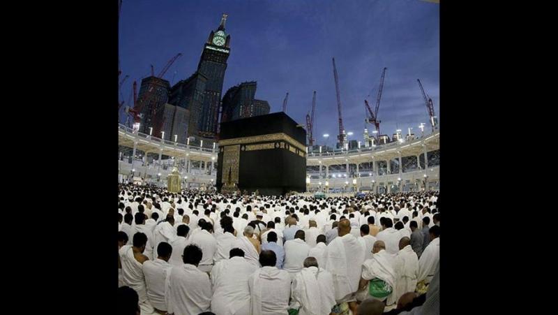 Ассаляму Алейкум братья и сестры вы можете смотреть Прямая видео трансляция веб камеры из мечети Аль-Харам в Мекке (Саудовская А