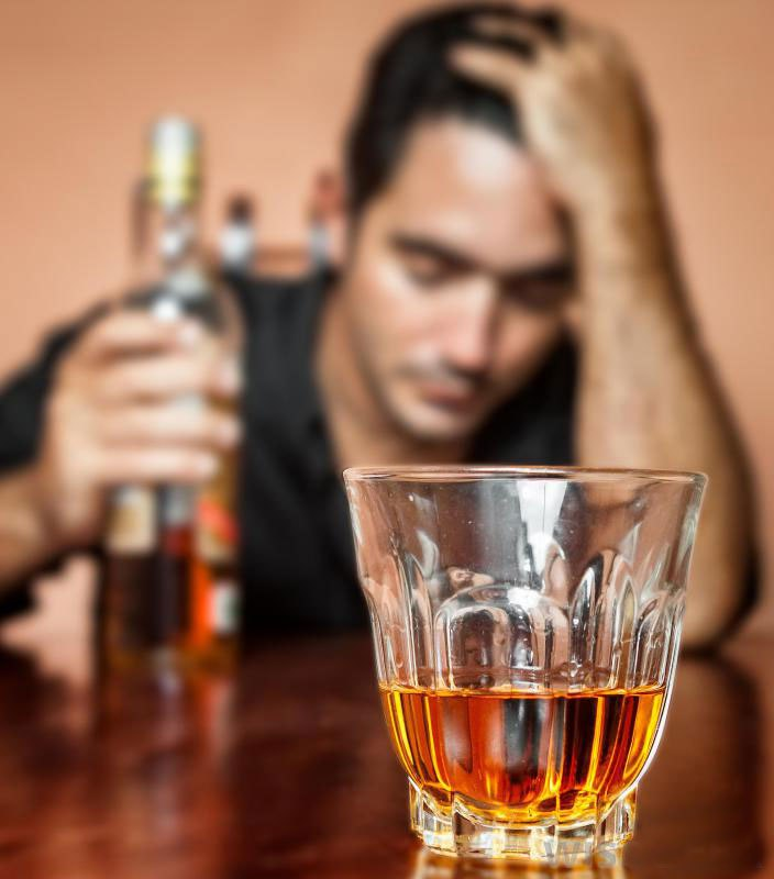 Лечение может потребоваться для алкоголиков.