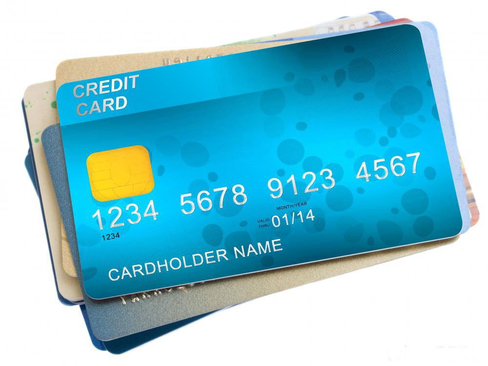 Избавление от кредитных карт может помочь кому-то, кто имеет склонность к расходам