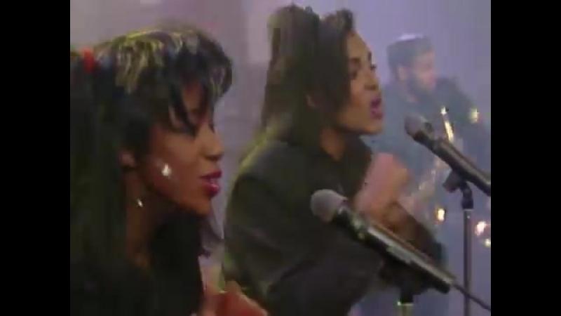Milli Vanilli - Keep On Running (Wetten, dass ... 03.11.1990) (VOD)