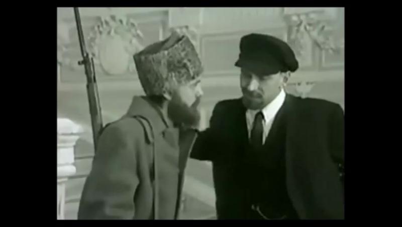 Ленин и солдат Игорь Угольников