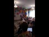 Песня ЧТО МАНИТ ПТИЦУ. Выпускной бал в детском саду. Поёт Камиллочка.