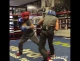 Тот момент в боксе, когда дети работают в ринге лучше взрослых.
