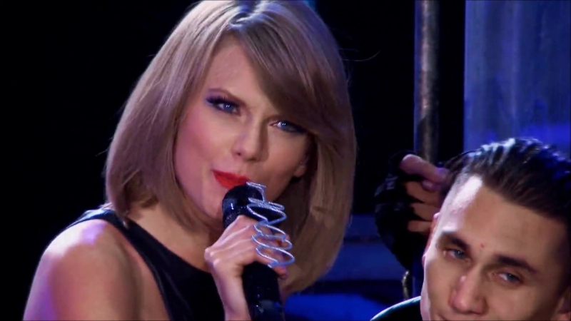 Taylor Swift - Bad Blood (Live at The 1989 World Tour 2015)