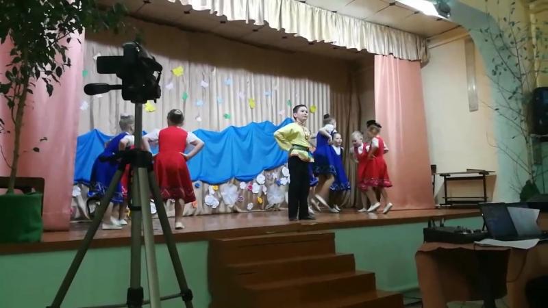Район_Танцует Озорники «Вася Василек» Девятовский СДК