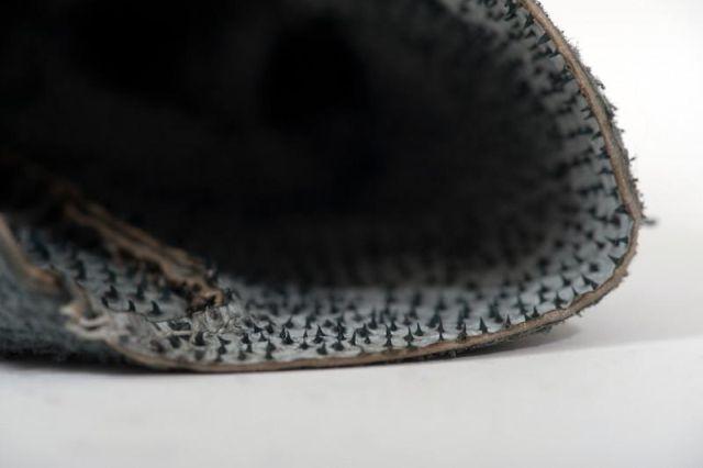 UKCth15qbsk - Перчатки из чешуи акулы за 720 евро