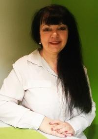 Александра Мирошниченко
