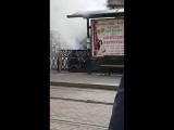 Тушат газель что горит на площади революции. Челябинск