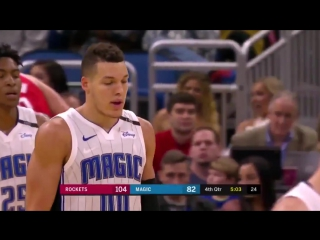 Aaron Gordon crossed up Anderson then did a reverse dunk _eyes__flushed_ - NBAVote httpst ( MQ ).mp4