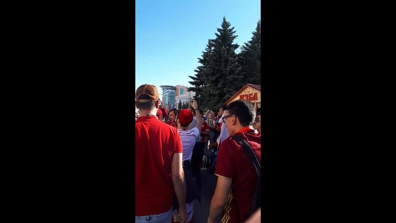 Тунисцы поют Калинку в Саранске перед матчем Тунис Панама