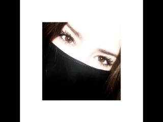 Ты разве не замечал какие у неё глаза? Она сумашедшая🖤🥀