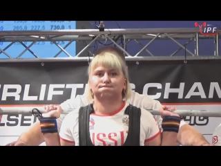 Баранова Екатерина до 84 кг приседает 240 кг, жмет лежа 172.5 кг, тянет 190 кг. Сумма 602.5 кг. В однослойной экипировке