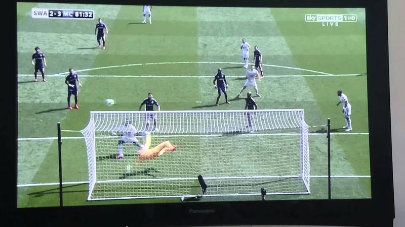 Joe Hart - Class save VS Swansea