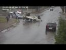 Ловко покинул аварийное транспортное средство
