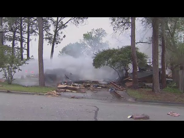 Texas house explodes after car crashes into gas line