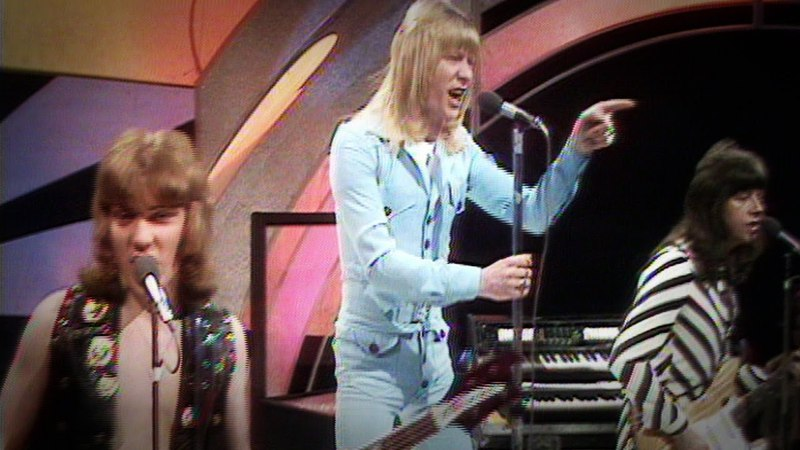 Sweet Fox On The Run Top Of The Pops 23 12 1975 OFFICIAL