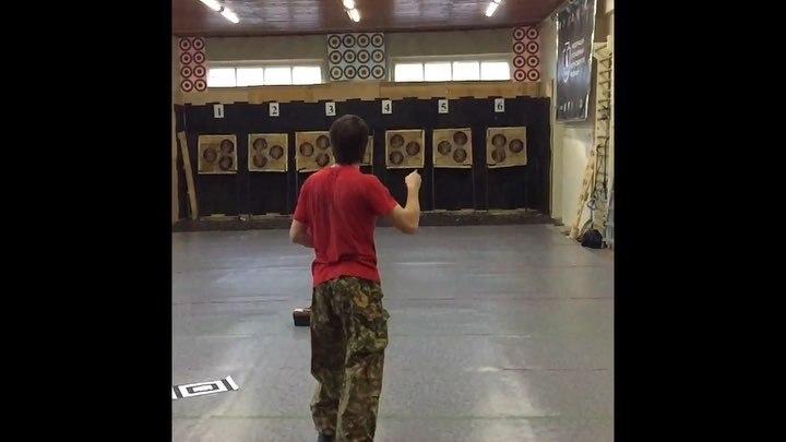 "Сергей Федосенко on Instagram: ""Разминка ) 13 метров без оборота freeknife"""