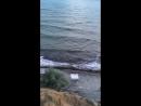 4 человека на пляже