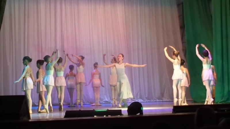 Соло учителя. младшая балетная группа ансамбля Терпсихора. Отчётный концерт ДК Нефтехимиков, 21.05.18г.