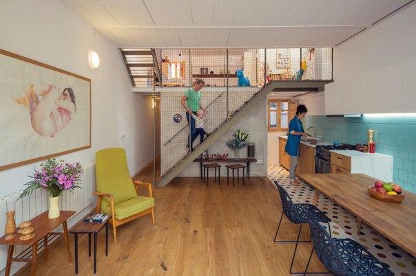 Дом для семьи с маленьким ребёнком в Барселоне (Испания). Площадь 130 кв. м.