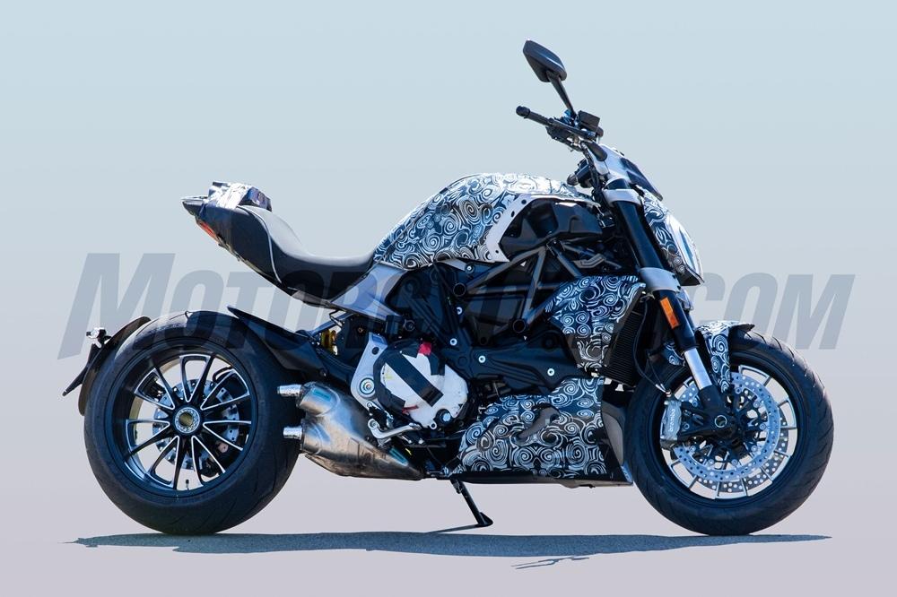 Шпионские фото Ducati Diavel 2019