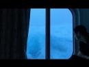 В каюте корабля во время шторма