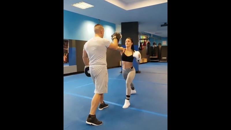 VALERIJA SLAPNIK боксерка