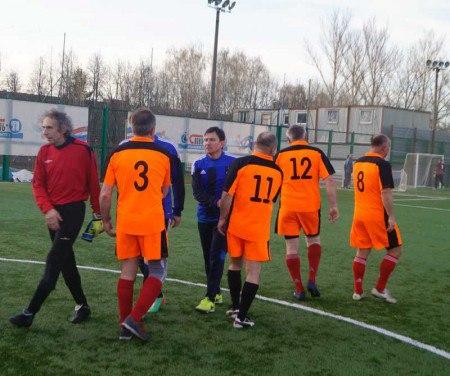 Ветераны «Судостроителя» заняли второе место на Кубке открытия сезона