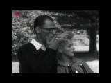 Marilyn-Monroe-and-Arthur-Miller-at-a-press-conference
