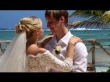 Красивая свадьба с живым саксофоном на берегу океана