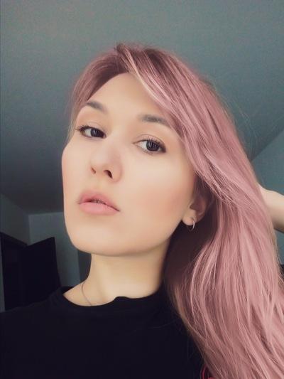 Катерина Бобровская