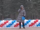 Оксана Суслова открывает Зимний праздник спортивной песней