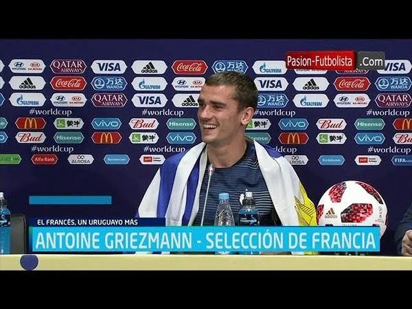 GRIEZMANN le acepta la bandera de uruguay a un Periodista luego de ser Campeón del Mundo!!