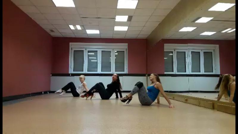 Стрип-пластика в Студии танца и фитнеса BIONIKA