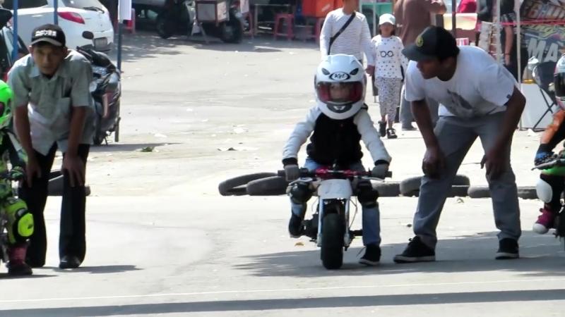 Anak Kecil Balap Motor Umur 3-10 Tahun Berani Ngebut - Pocket Bike Racing Kids (