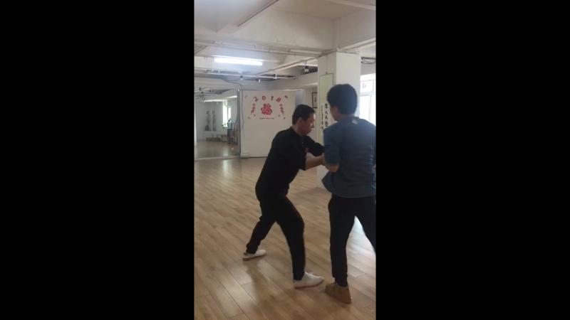 Play Tai Ji with The student of Chen Xiao wang
