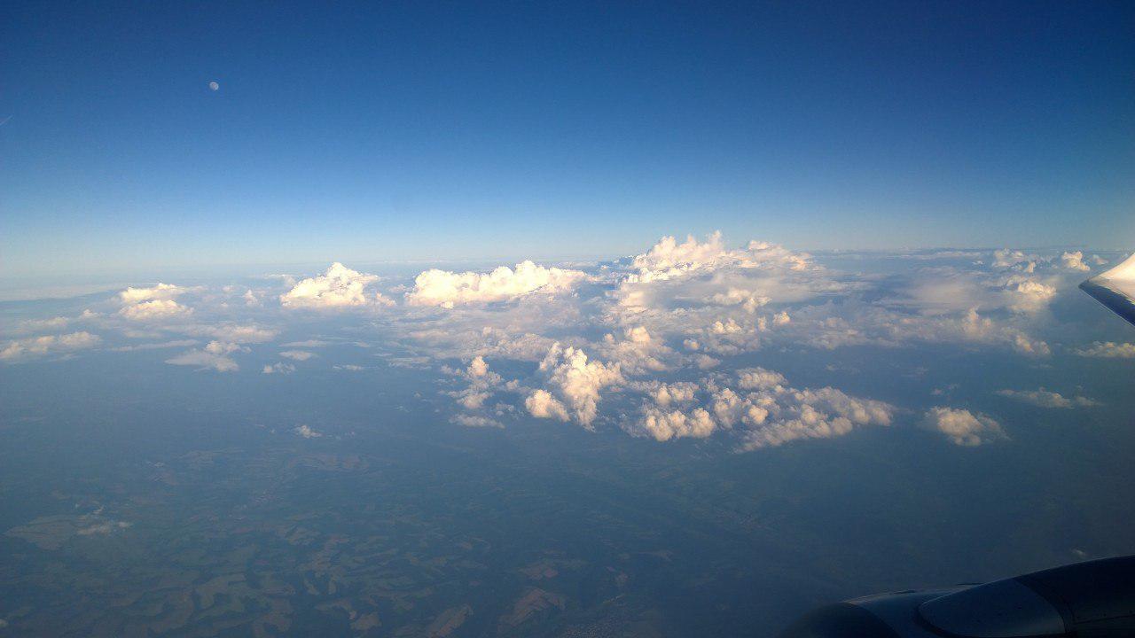 Под крылом самолёта. Часть третья. Выше облаков