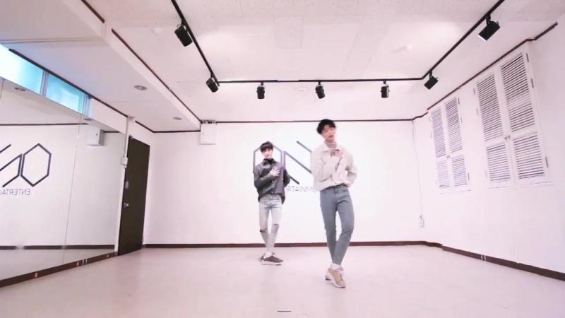  180622  Seong HyunWoo Yoon HeeSeok - Dynamite cover