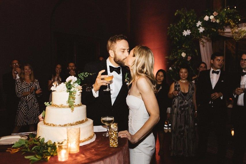 Ev9Ji1rb F8 - Как разрешить непредвиденные ситуации на свадьбе