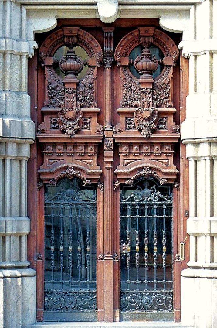 Дверь как искусство