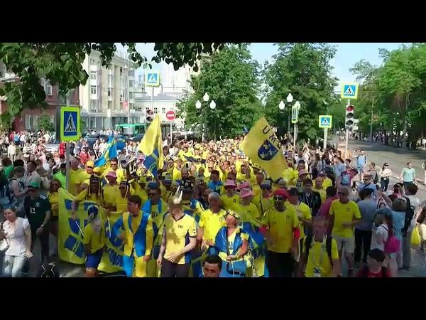 Колонна шведов тевтонской свиньей идет идет по Екб